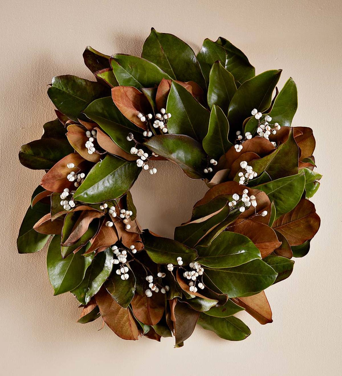 Magnolia White Berry Wreath