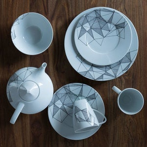 Graphique Porcelain Collection