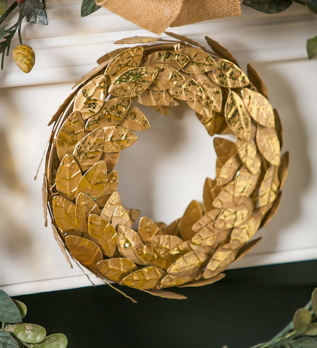 Magnolia Leaf Gold Metal Wreath