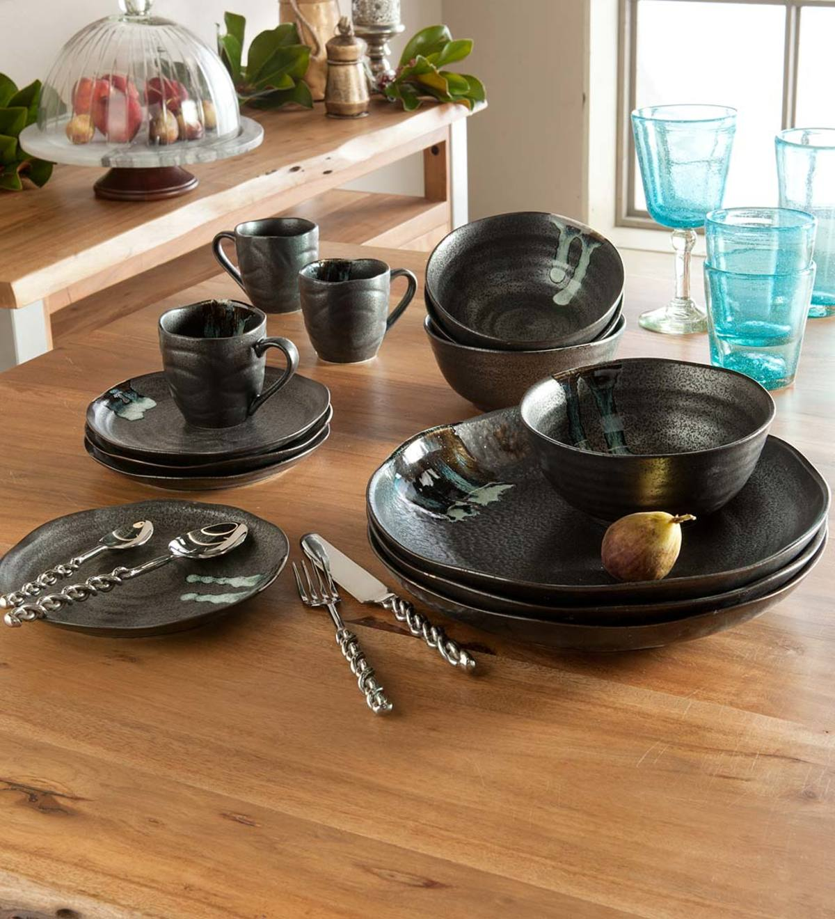 Hand-Painted Ceramic Zazen Dinnerware Set