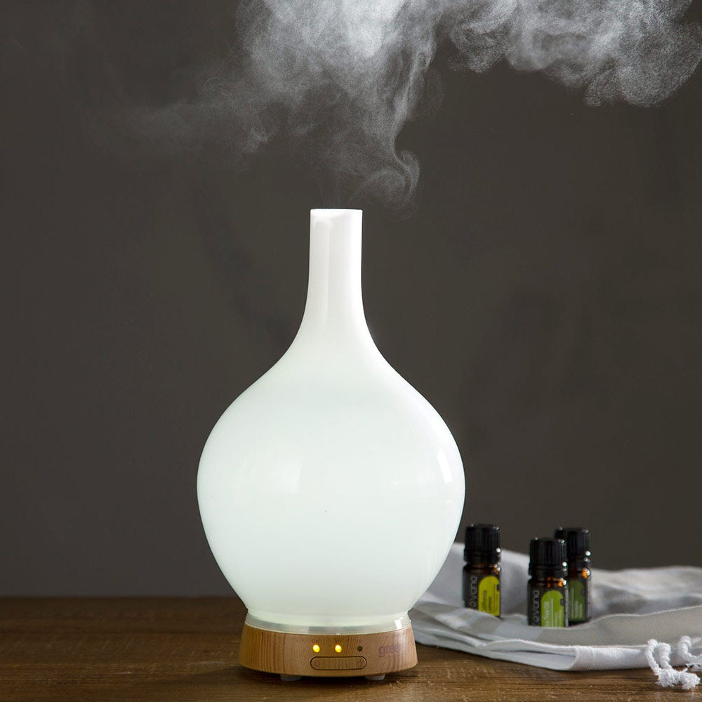 Aromatherapy Vase Diffusers & Therapeutic Essential Oils