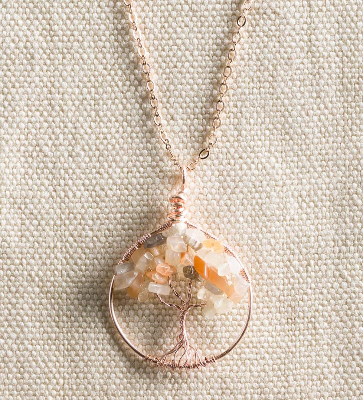 Spiritual sacred symbol jewel  with pendant and necklace Tao Tree of Life in 18 carat rose gold on 925 silver acquamarine mother of pearl