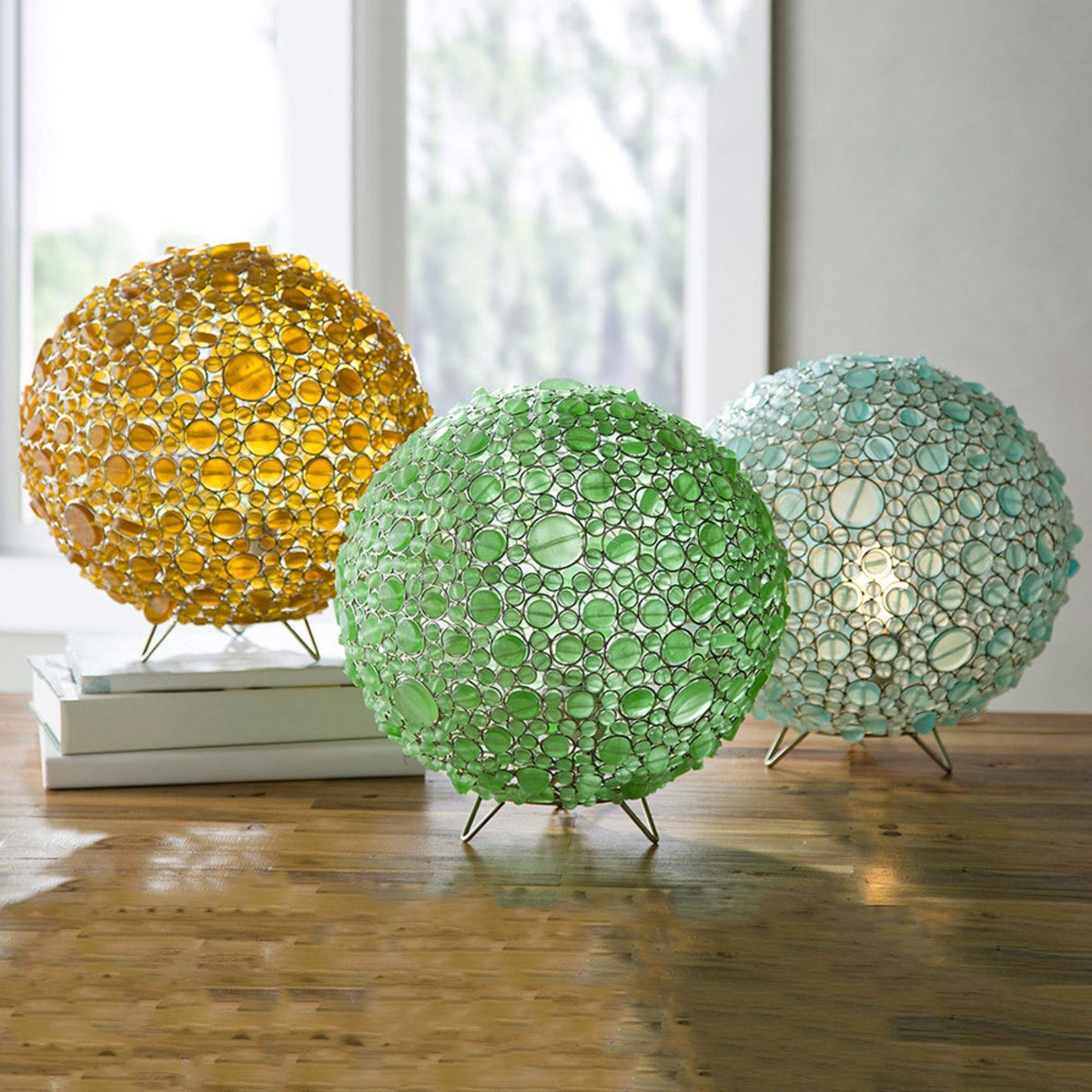 Batasha Recycled Glass Globe Lamp