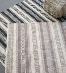 Handwoven Recycled Plastic Indoor/Outdoor Rug, 5' x 8'