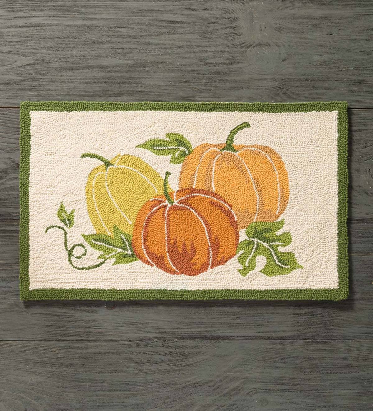 Hand-Hooked Wool Pumpkin Accent Rug