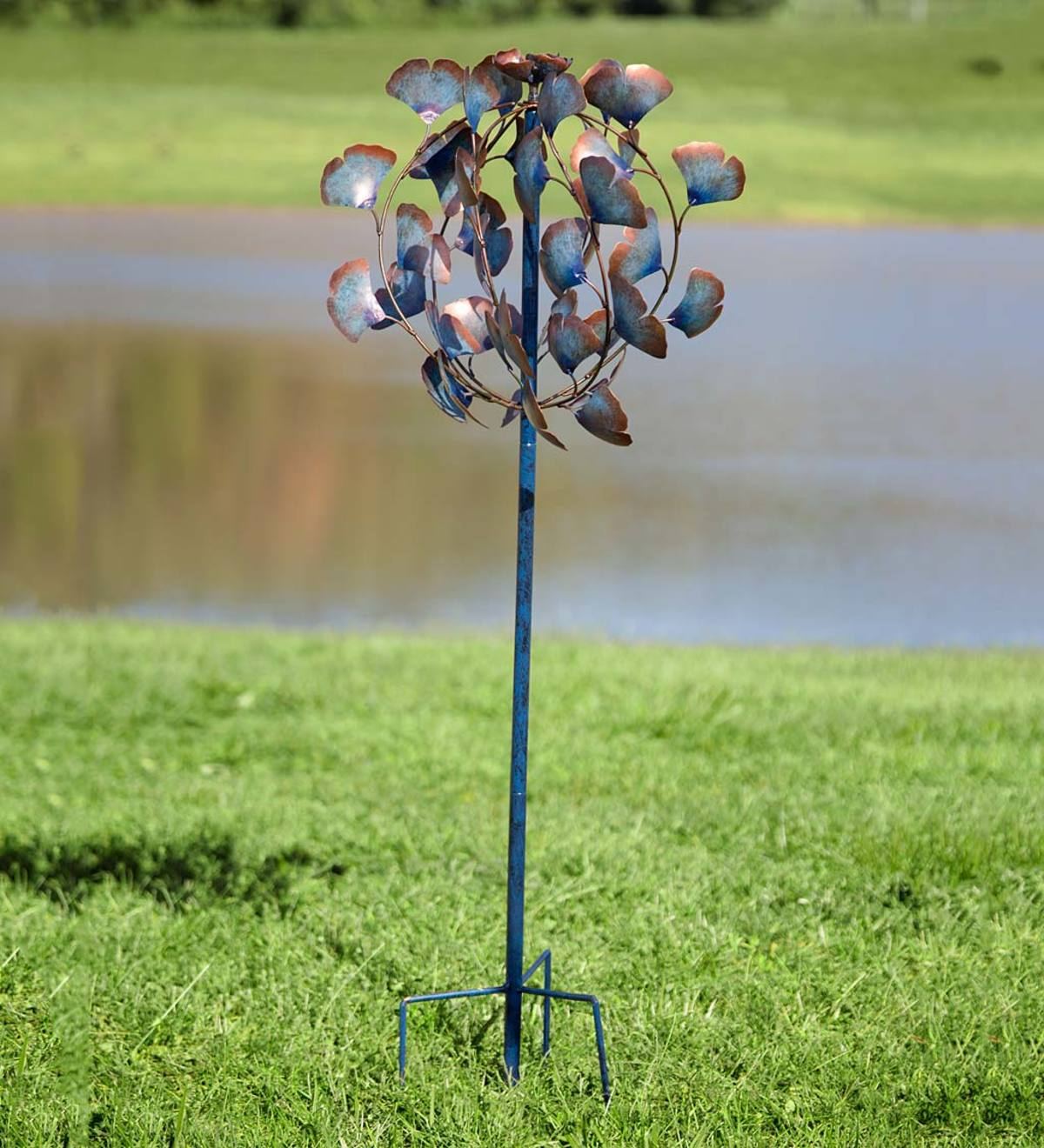 Recycled Metal Ginkgo Leaf Garden Wind Spinner