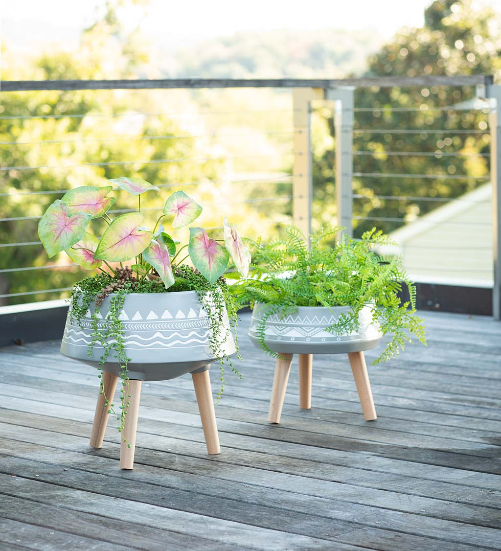Aztec Tri-Leg Gray Planters, Set of 2