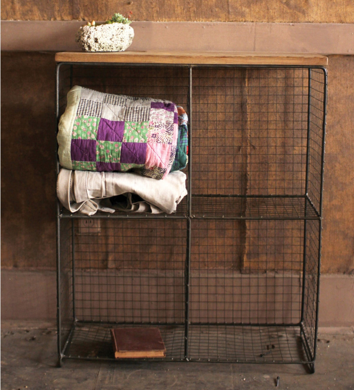 Four Cubby Wire Console with Wooden Top