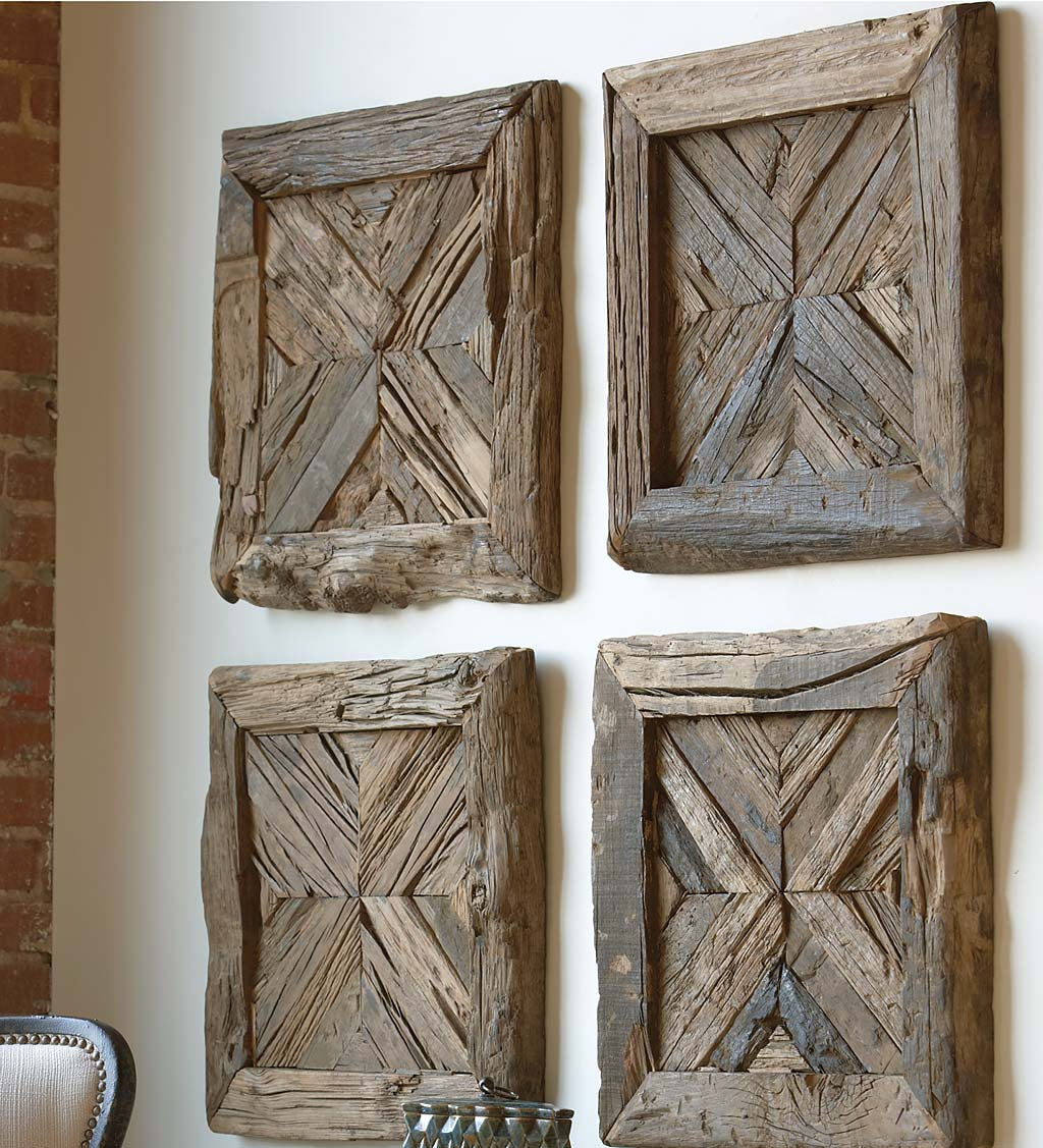 Rennick Reclaimed Pine Wood Pieced Wall Panel Décor